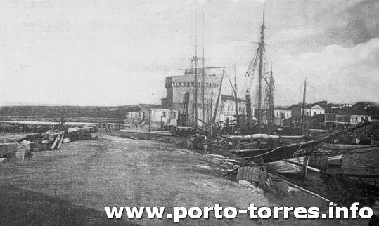torre e darsena ai primi del '900 vista dal molo